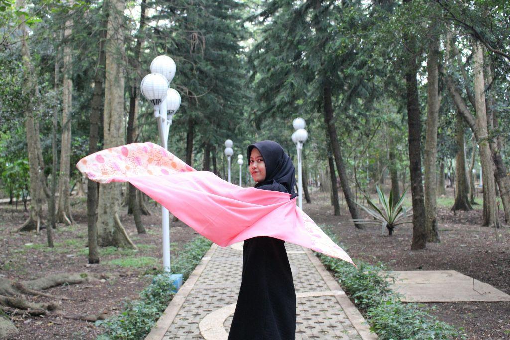 #wpppeople #wppnaturallight #womanportrait #folks #folkindonesia